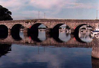 Carrick-On-Shannon Bridge